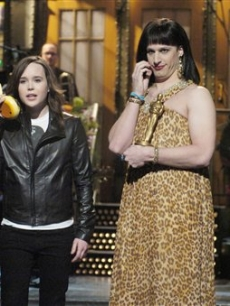 SNL Host Ellen Page &amp; Oscar-winning screenwriter Diablo Cody (played by Andy Samberg) 
