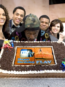 Flavor Flav celebrated his 49th b-day with the cast of his upcoming sitcom, &#039;Under One Roof&#039;