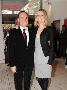 Kevin Spacey and Gwyneth Paltrow attend the Prince's Trust in London, March 18, 2008