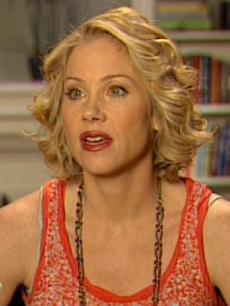 Christina Applegate on the 'Samantha Who?' set