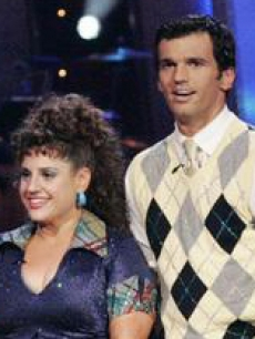 Marissa Jaret Winokur and partner Tony Dovolani