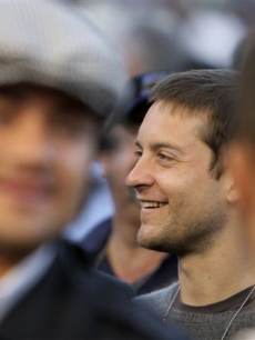 Tobey Maguire attends the Oscar De La Hoya and Steve Forbes fight, May 3, 2008