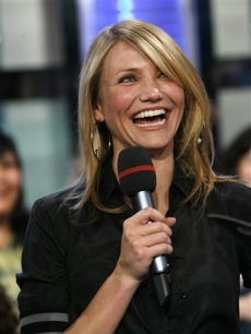 Cameron Diaz visits 'TRL' to promote 'What Happens In Vegas'