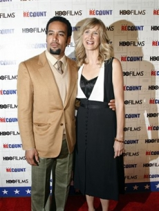 Laura Dern and Ben Harper pose at the premiere of 'Recount'