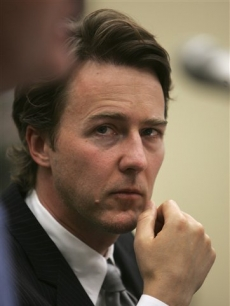 Ed Norton visits Capitol Hill to testify for green buildings, May 14, 2008