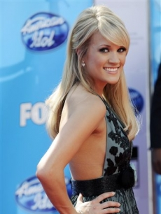 Carrie Underwood at the &#8216;American Idol&#8217; finale arrivals line 