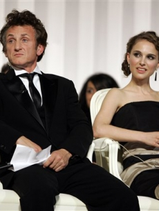 Sean Penn and Natalie Portman sit on the Cannes jury panel, May 25, 2008