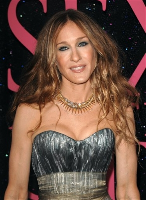 Sarah Jessica Parker poses at the 'Sex and The City' NYC premiere