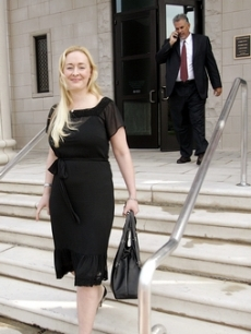 Mindy McCready gets charged for driving on a revoked license, TN