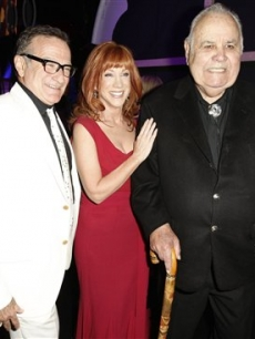 Jonathan Winters,Kathy Griffin, and Robin Williams backstage at the TV Land Awards 