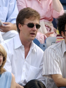 Ed Norton at a US Open tennis match