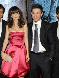 M. Night Shyamalan, Zooey Deschanel, Mark Wahlberg and John Leguizamo 