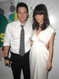 Mark Wahlberg and Zooey Deschanel visit MTV&#160; 