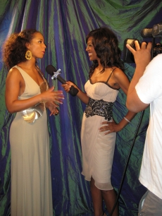 Shaun and Alicia Keys, the Best Female R&amp;B Artist winner