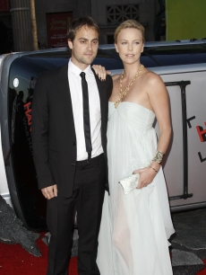 Charlize Theron (with Stuart Townsend) at the LA premiere of 'Hitchcock'