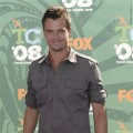 Josh Duhamel, looking good in grey