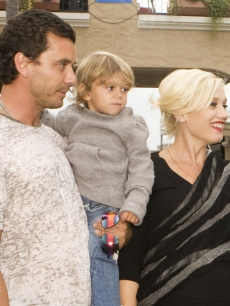 It&#8217;s off to the races for Gwen Stefani, Gavin Rossdale and Kingston, at the Del Mar Thoroughbred Club