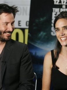 Keanu Reeves and Jennifer Connelly promote &#8216;The Day The Earth Stood Still&#8217; 