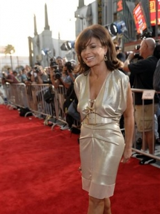 paulaPaula Abdul poses at the premiere of the film 'Swing Vote' in Los Angeles