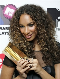 Leona Lewis strikes a pose with her trophy for Breakthrough Artist at the MTV Asia Awards 2008 in Malaysia 