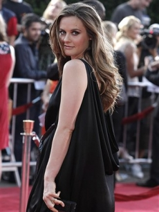 Alicia Silverstone poses on the press line at the premiere of the feature film 'Tropic Thunder'