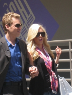Heidi Montag and Spencer Pratt take a tour of NBC with Access Hollywood passing by 'The Tonight Show'