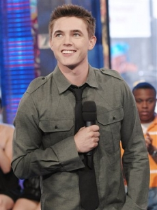 Actor and singer Jesse McCartney makes an appearance on MTV's 'TRL'