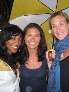 Shaun with Misty May-Treanor and Kerri Walsh
