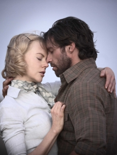 Nicole Kidman and Hugh Jackman are unlikely lovers in 'Australia'