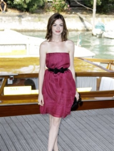 Anne Hathaway poses at the Venice Film Festival 