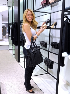 Blake Lively shops at the Chanel Boutique at Saks Fifth Avenue in NY