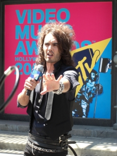 VMA Host, Russell Brand