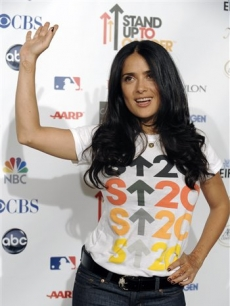 Salma Hayek waves at the Stand Up to Cancer benefit in LA, Sept. 5, 2008
