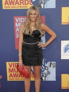 Stephanie Pratt arrives to the VMAs