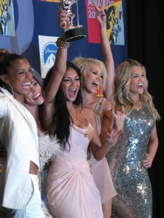 The Pussycat Dolls celebrate their VMA win
