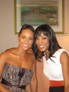 Alicia Keys and Shaun Robinson