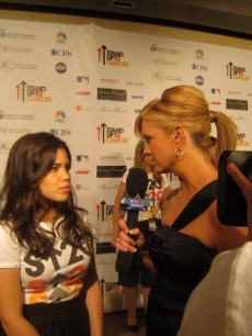 Nancy interviews America Ferrera at the 'Stand Up 2 Cancer' event