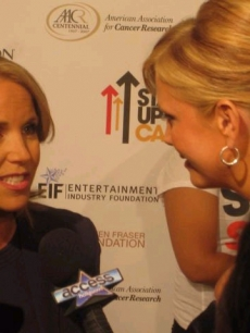 Nancy O&#8217;Dell interviews Katie Couric  at the &#8216;Stand Up 2 Cancer&#8217; event