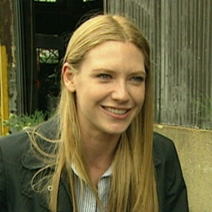 Video 648861 - Access Extended: Anna Torv Talks 'Fringe'