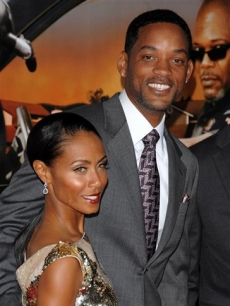 Jada Pinkett Smith and Will Smith at the premiere of 'Lakeview Terrace'