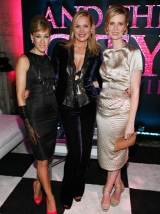 Sarah Jessica Parker, Kim Cattrall and Cynthia Nixon attend the 'Sex and the City: The Movie' DVD launch