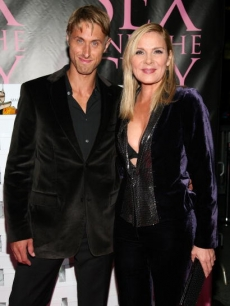 Kim Cattrall and boyfriend Alan Wyse arrive for the DVD launch event for 'Sex and the City: The Movie'