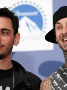 DJ AM and Travis Barker at the MTV Video Music Awards 2008