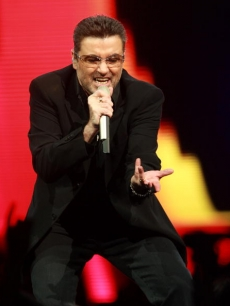 George Michael performs at Madison Square Garden, July 21, 2008