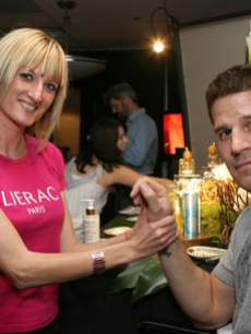 David Boreanaz gets a massage by Lierac Paris Skincare