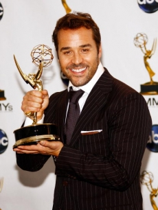 Jeremy Piven shows off his Emmy backstage for Best Supporting Actor, Comedy