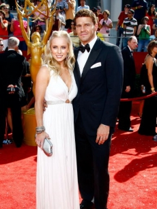 David Boreanaz and his wife, Jaime Bergman, arrive at the Emmys