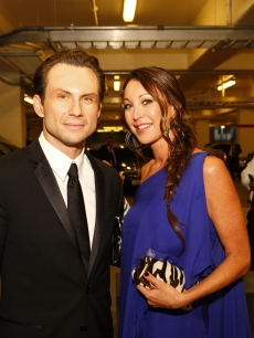 Christian Slater and Tamara Melon backstage at the 2008 Emmys