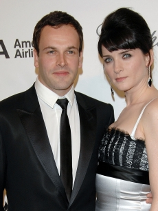 Jonny Lee Miller and his wife, actress Michele Hicks