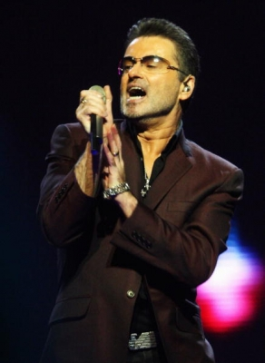 George Michael performs in London, August 25, 2008
